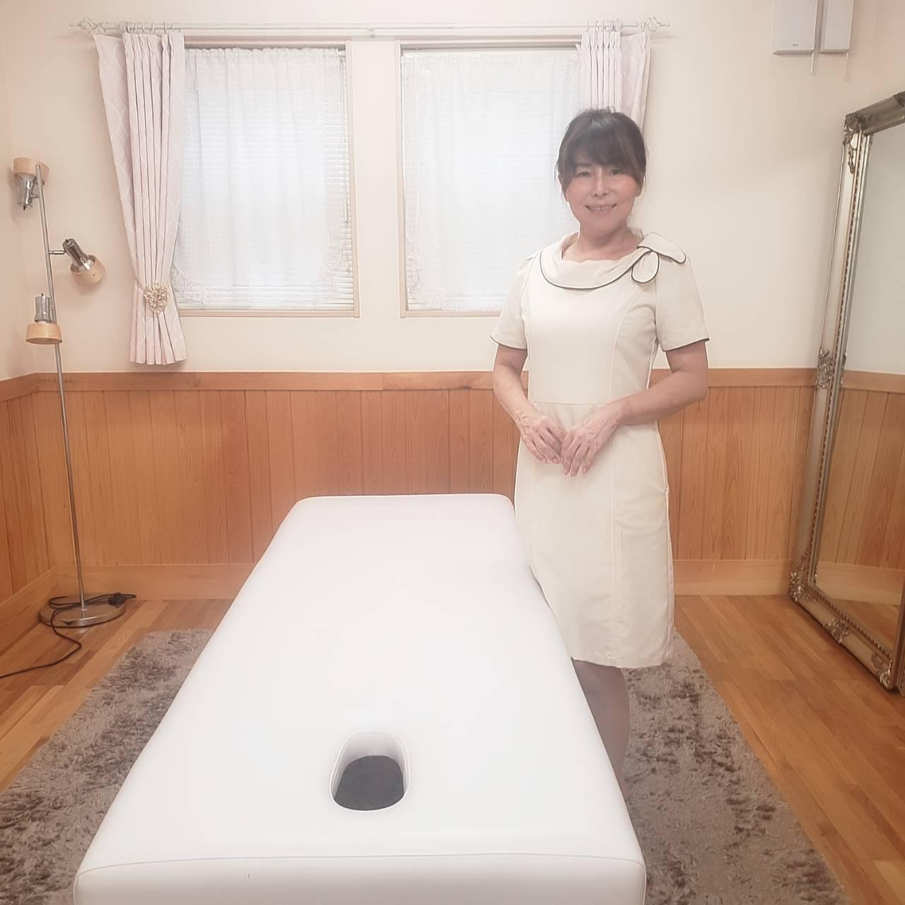安藤 弓子(アンドウ ユミコ)